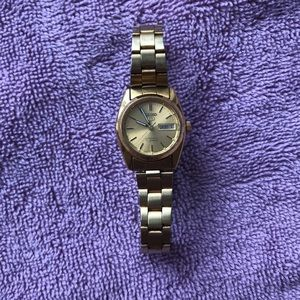 Seikol Vintage Gold Watch